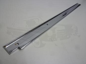 garnish moulding roof passenger door AT